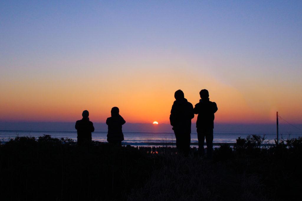 片貝海岸の初日の出3